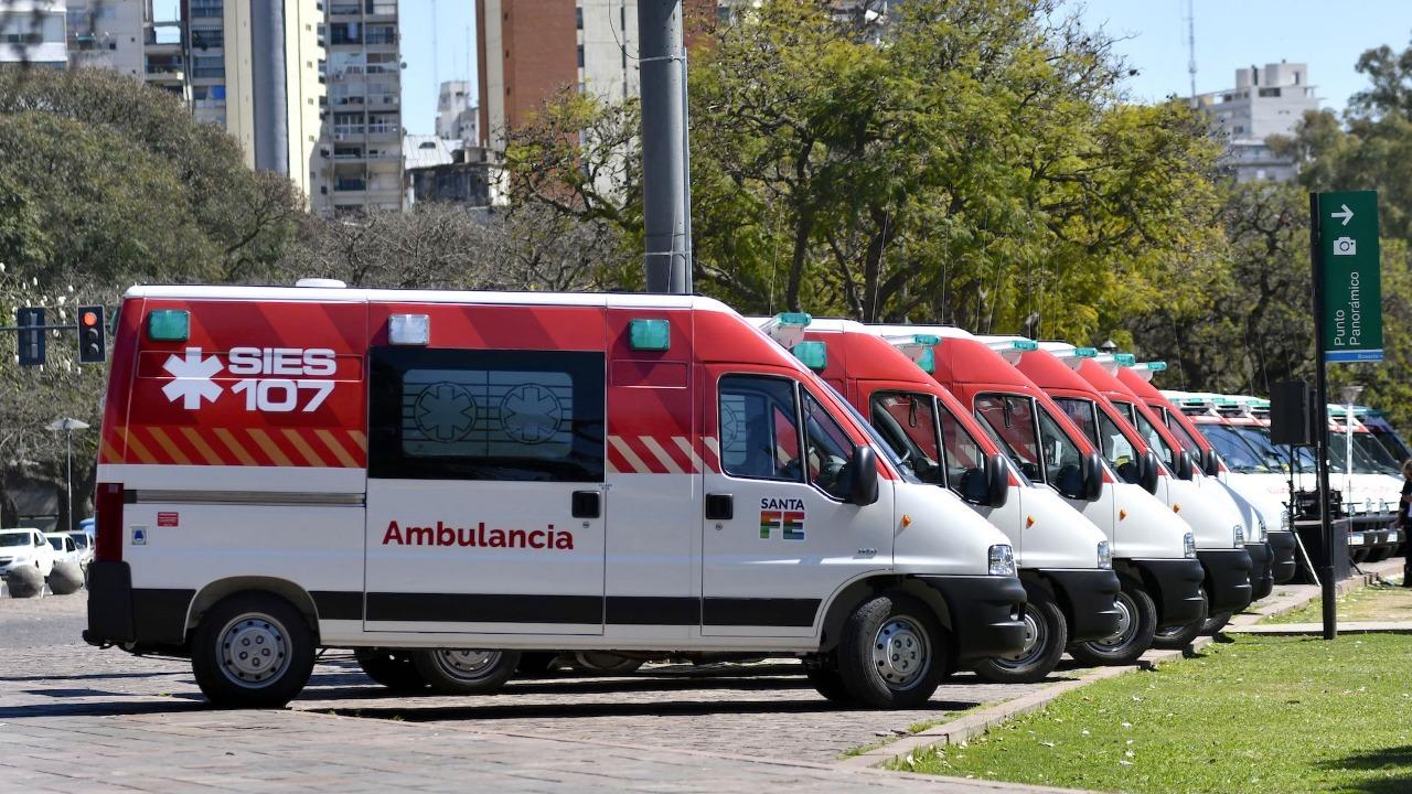 Motochorros asaltaron, golpearon y dispararon contra personal de una ambulancia