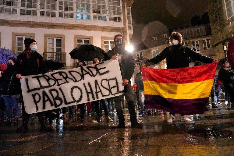 pablo-hasel:-quien-es-el-joven-catalan-que-esta-preso-por-rapear