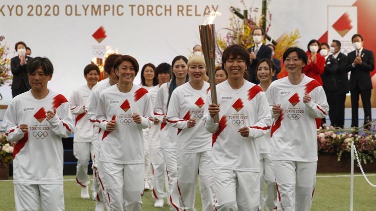 tokio-2020-inicio-sin-publico-el-relevo-de-la-llama-olimpica