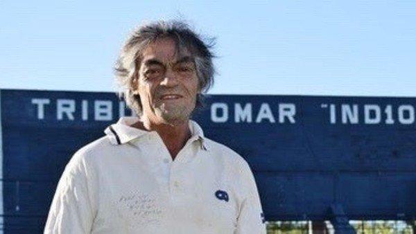 murio-el-exfutbolista-omar-indio-gomez:-tenia-66-anos-y-estaba-internado-con-coronavirus