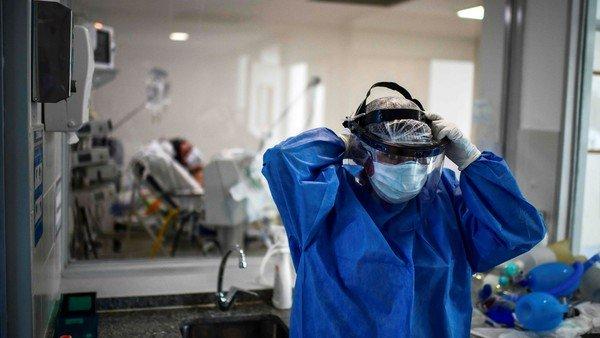 colapso-en-rosario-por-el-coronavirus:-solo-queda-una-cama-de-terapia-intensiva-libre