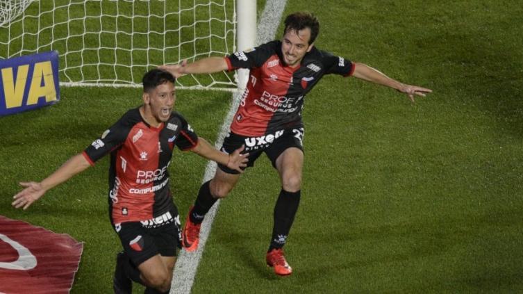 colon,-el-cuarto-campeon-del-interior-en-el-futbol-argentino