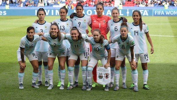 el-dia-que-el-futbol-femenino-argentino-cambio-para-siempre-en-paris