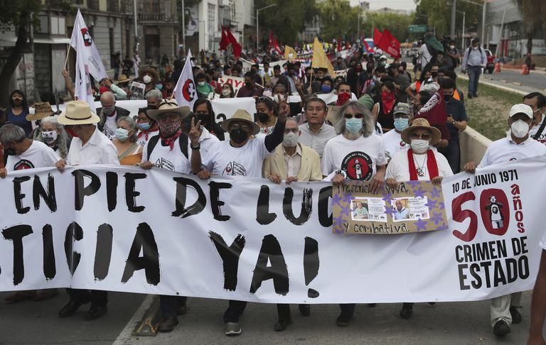 mexico:-conmemoran-50-anos-de-masacre-estudiantil-de-1971