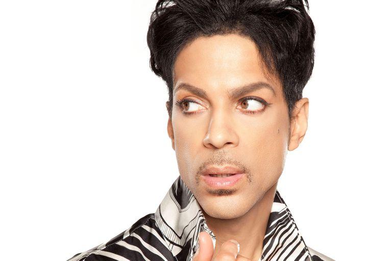 como-es-welcome-2-america,-el-mejor-disco-de-prince-en-dos-decadas-que-sale-cinco-anos-despues-de-su-muerte