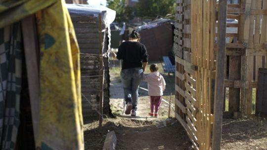 la-pandemia-empeoro-el-acceso-a-las-necesidades-basicas-en-los-hogares-numerosos-y-con-ninos