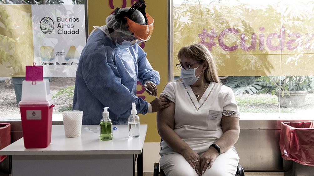 las-vacunas-de-astrazeneca,-sputnik-y-moderna-aumentan-por-tres-los-anticuerpos