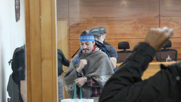 """la-vida-de-los-jones-huala:-que-relacion-tienen-con-los-ultimos-ataques-""""mapuches""""-en-bariloche-y-el-bolson"""