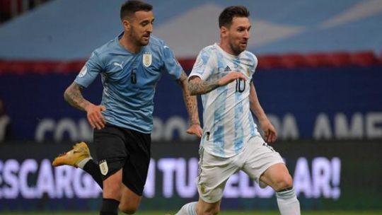 argentina-uruguay,-por-eliminatorias:-hora,-tv-y-formaciones