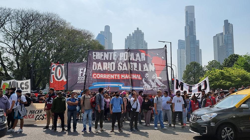 piqueteros-realizaron-una-jornada-nacional-de-protesta-en-reclamo-de-puestos-de-trabajo